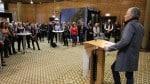 """Eröffnung vor zahlreichen Künstlern und Kunstinteressierten im Ratssaal des Rathauses: """"Kulturmacher"""" Max Krieger gab am Samstagvormittag den Startschuss zur Art Open. Foto: Andreas Röchter"""