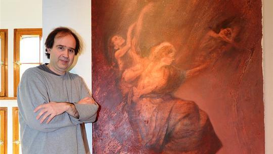 Nicht nur Künstler, sondern jetzt auch noch Kurator der Artibus-Reihe. Zum Auftakt des diesjährigen Programms stellt Rafael Ramírez Máro an morgen eigene Werke in der Burg-Galerie aus. Foto: D. Müller